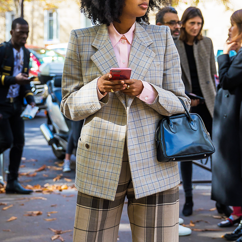 What to Wear to Stand Out at a Networking Event