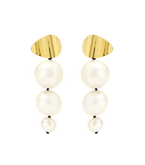 The Best Modern Pearl Jewelry To Shop Now