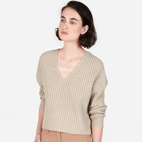 Ribbed Wool-Cashmere Crop V-Neck Sweater