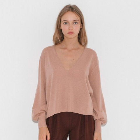 V Neck Sweater With Fully Fashioned Sleeves