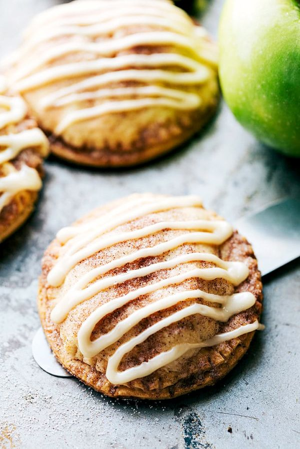 Rich flaky crust dusted with cinnamon and doused with sweet icing, these caramel apple hand pies are about as good as it gets when it comes to desserts. And this recipe from Chelsea's...