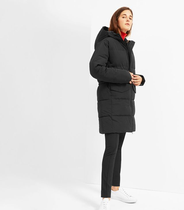 Everlane The Long Puffer Jacket in Black
