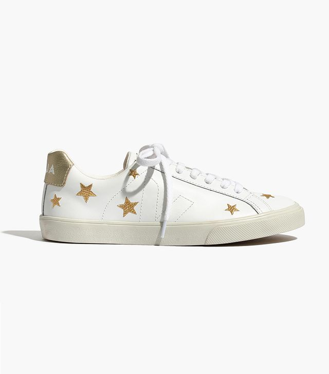 x Veja™ Esplar Low Sneakers in Embroidered Stars