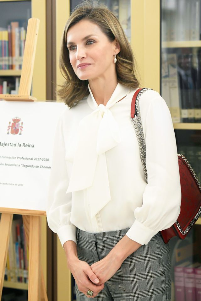 On Queen Letizia: Zara bag