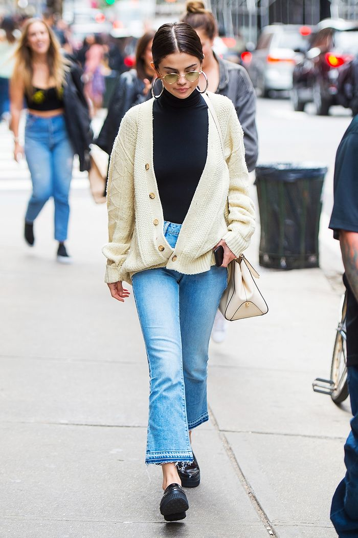 Best winter street style: Sweater and Jeans