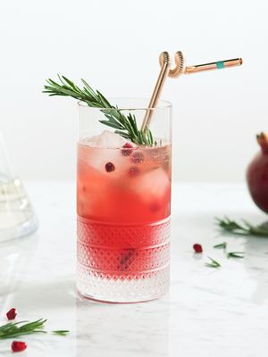 This Cocktail Recipe Will Make You the MVP of Holiday Hosting
