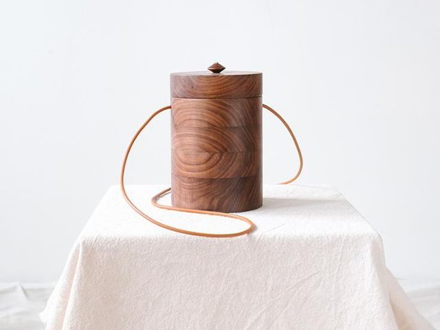 Grav Grav Cylinder Walnut Wood Bag