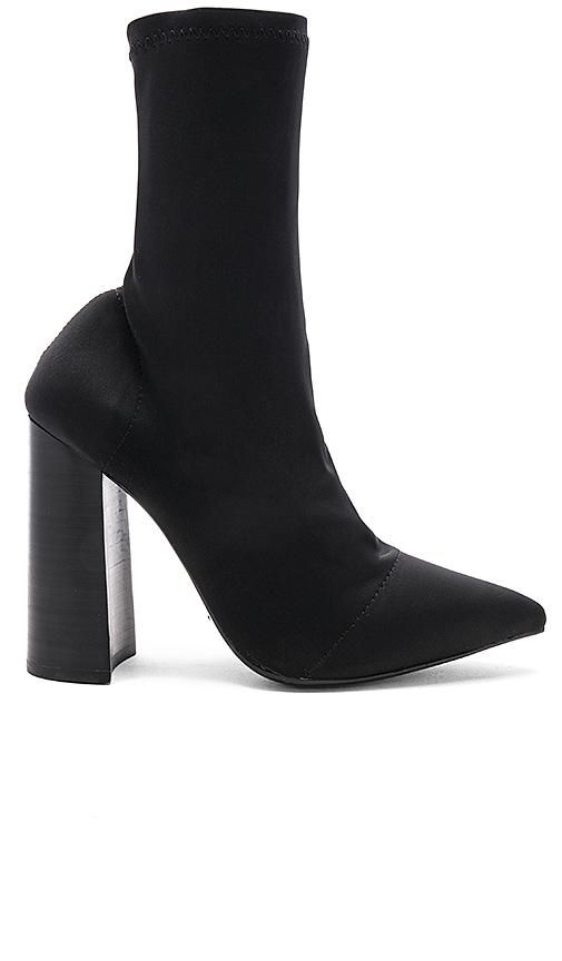 Diddy Bootie in Black. - size 5.5 (also in 10,9,9.5)