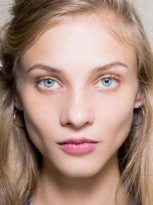 How to Apply Makeup for Your Face Shape: A Guide