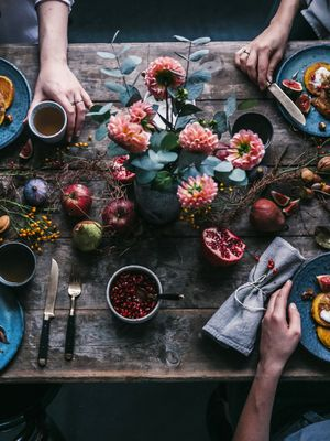 All Your Questions About How to Host Thanksgiving, Answered