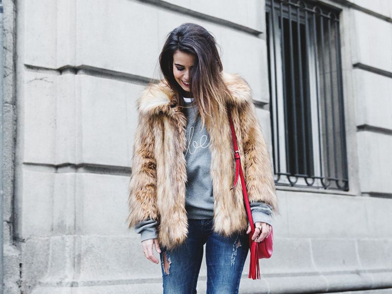 Blog mode, vetements fashion, fashion blog -The Absolute Best Faux-Fur Coats - 0