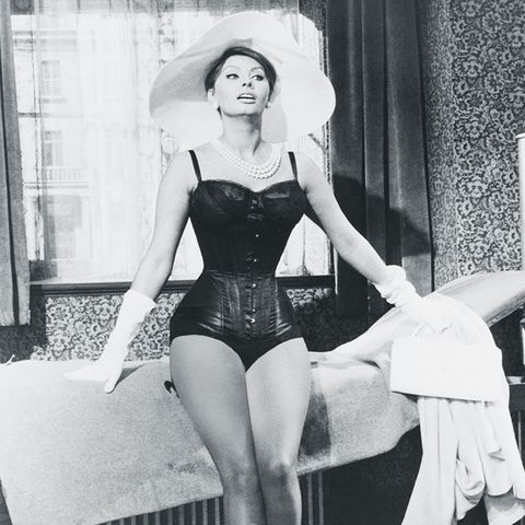 sophia loren style: in a corset and hat for The Millionairess