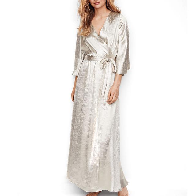 Victoria's Secret Chantilly Lace Open-Back Kimono