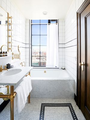 New York Is Calling: The Best Hotels in Manhattan, Period