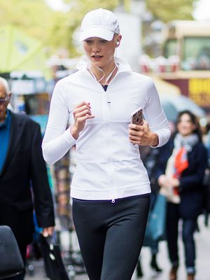 What to Wear for a Run When It's Freezing Outside
