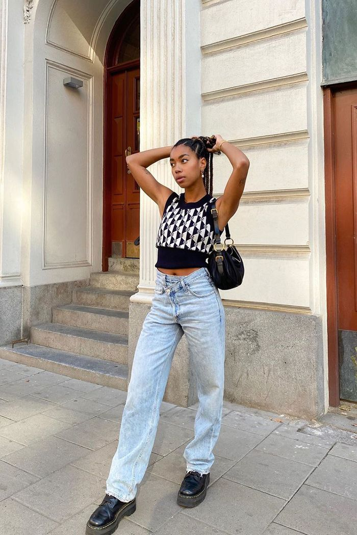 11 Outfits With Combat Boots You'll