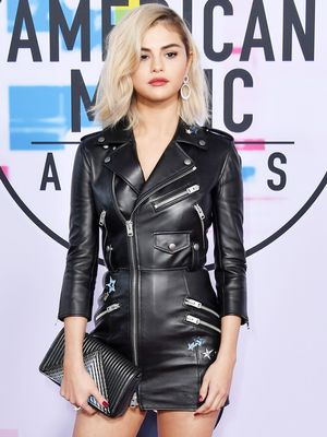 The Best American Music Awards Red Carpet Looks, Hands Down