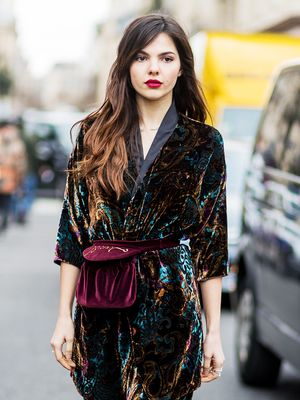 ItGirl–ApprovedVelvet-DressOutfits for Every Work Christmas Party