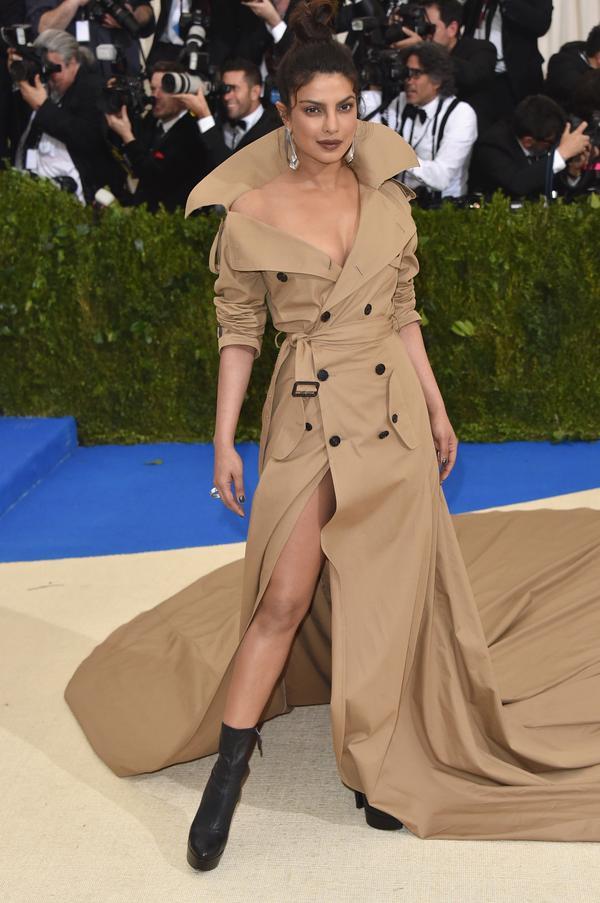 Who:Priyanka Chopra What: The2017 Met Gala Wear:Ralph Lauren