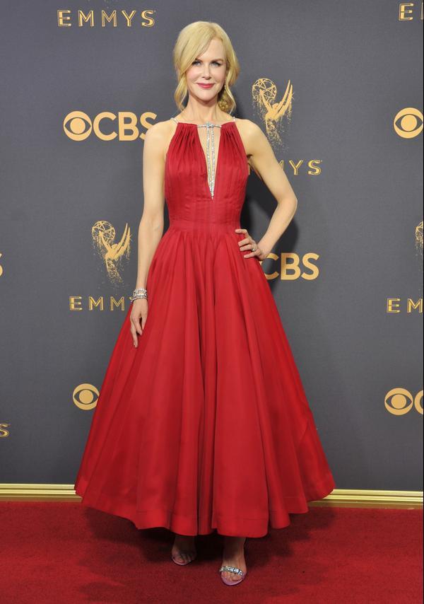 Who: Nicole Kidman What:The 2017 Emmy Awards Wear:Calvin Klein