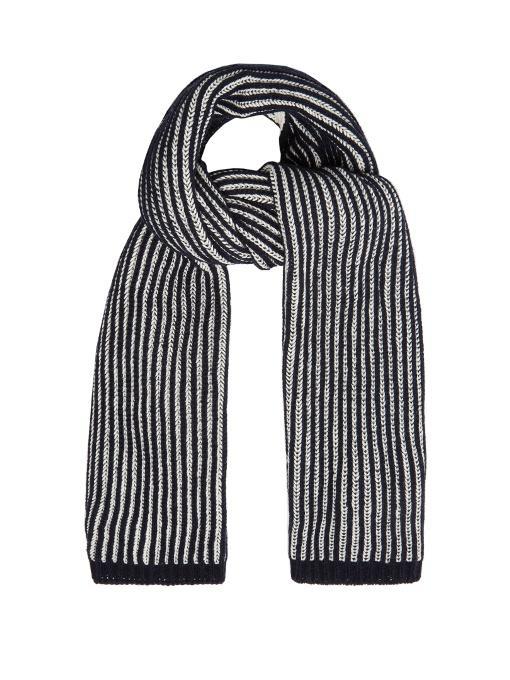 Gerbera scarf