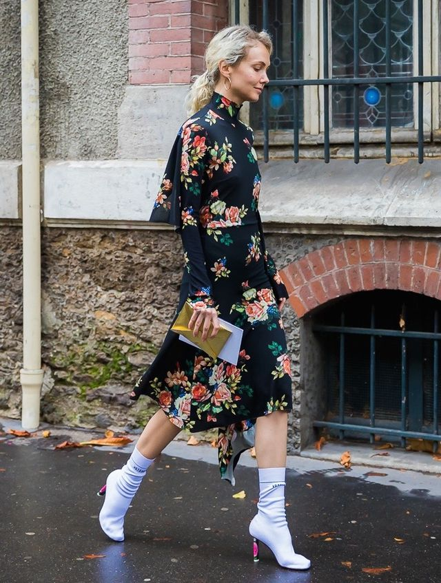 Throw on a moody floral dress for a look that's on trend and perfectly whimsical for date night.