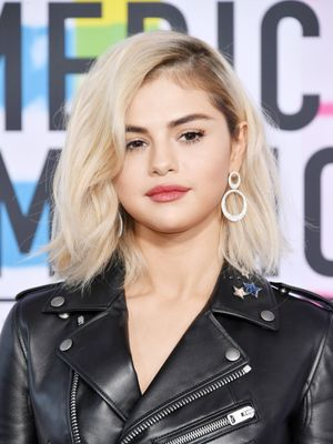 The AMAs Beauty Looks We'd Actually Wear In Real Life
