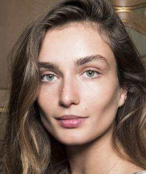The Secret to Getting Perfectly Feathered Brows Lies in These Eyebrow Brushes