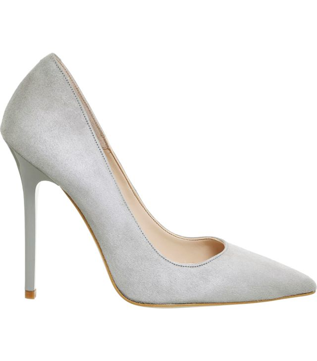 Holly Willoughby Shoes She Wears