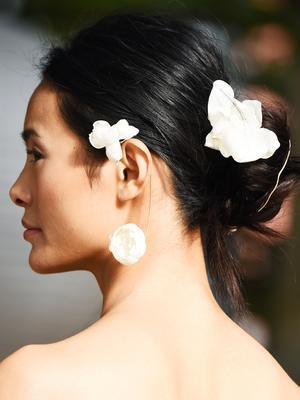 "24 Wedding Hair Ideas That Don't Look Like ""Wedding Hair"""