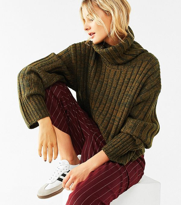 BDG Chunky Turtleneck Sweater
