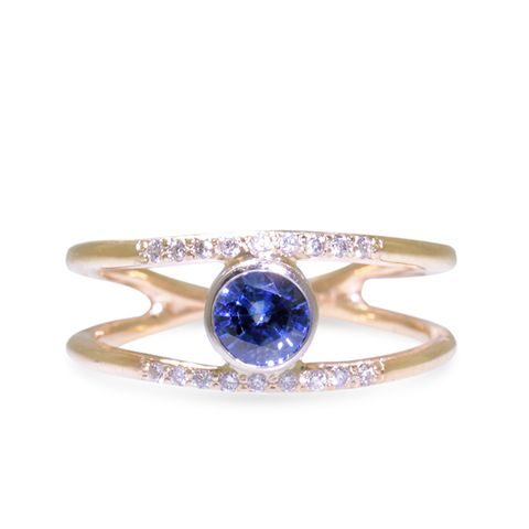 .82K Blue Sapphire Ring with Double Gold Band