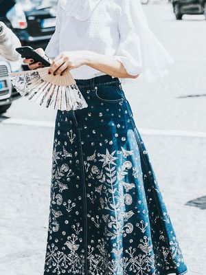 These Are Our Go-To High-Waisted Skirt Outfits