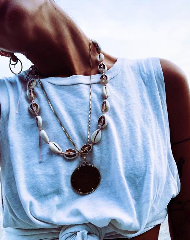 shells-fashion-trend-242772-1523909331842-image.640x0c.jpg (640×807)