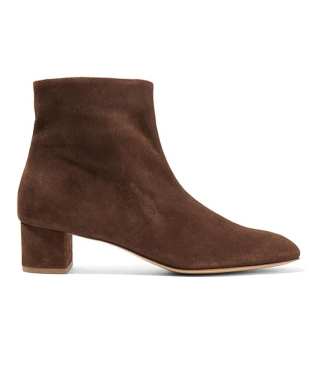 Brown ankle boots: Mansur Gavriel