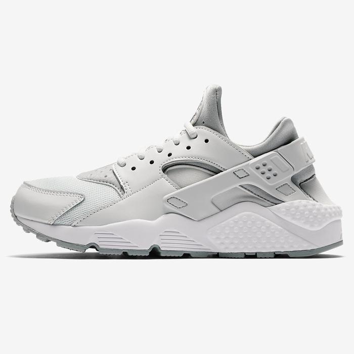 Sneaker Trends 2018: 5 Looks to Buy Now