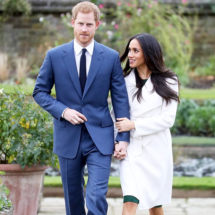 meghan markle and prince harry, engaged