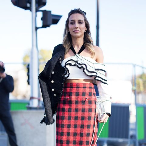 how to wear a pencil skirt: checked skirt with a blouse and jacket