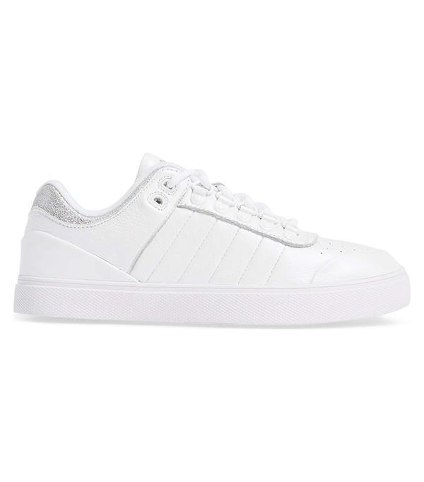 Neu Sleek Sneaker