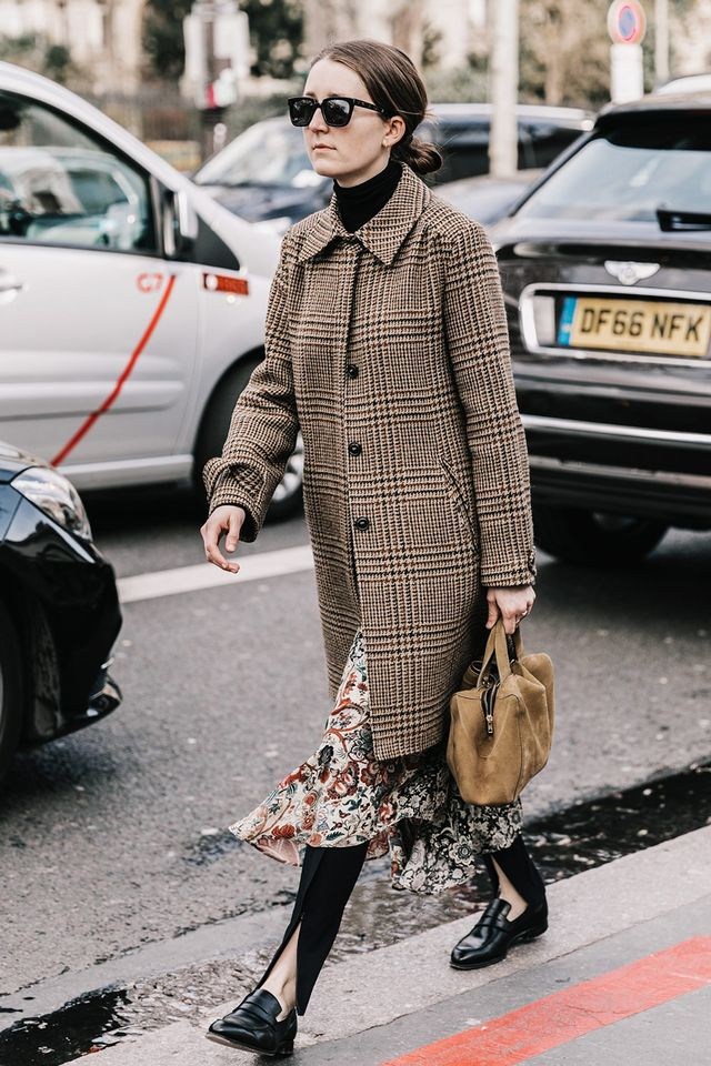 Day 23: Try this outfit combination: turtleneck + printed dress + black trousers.