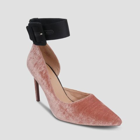 Annora Pumps
