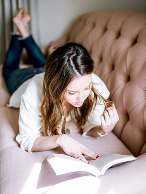 8 Motivational Books to Help You Start Fresh in the New Year