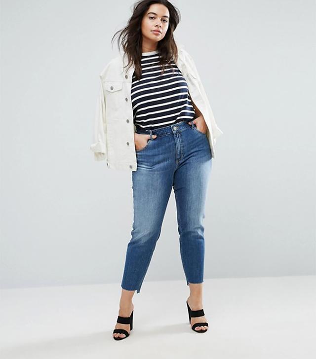 ASOS Kimmi Shrunken Boyfriend Jeans in Blake Vintage Darkwash