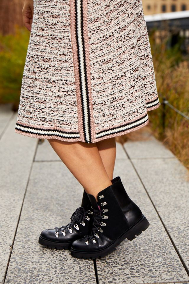 Neutrals are anything but boring when you play with different textures. Shiny combat boots and a chunky cropped knit (I'm wearing last season AYR, similar here and here) keep a classic...
