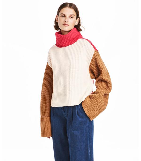 Wide-cut Turtleneck Sweater