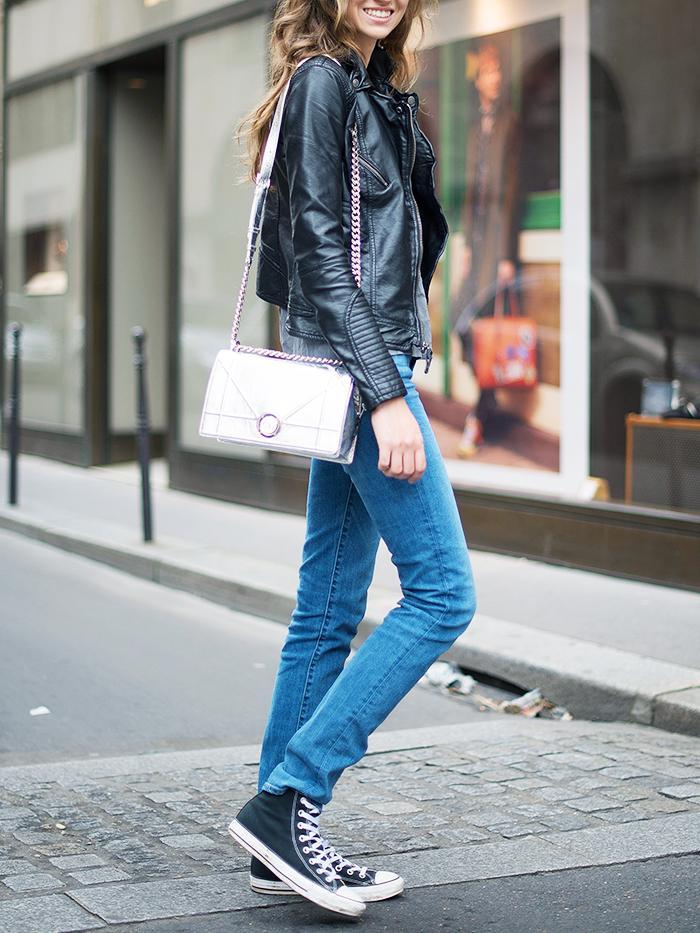 blue jeans black converse