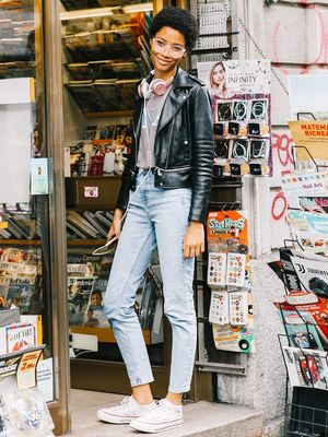 12 Jeans-and-Converse Outfits for Every Style