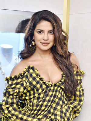 "Priyanka Chopra Is the Latest Celebrity to Join the Hollywood ""Lob Club"""