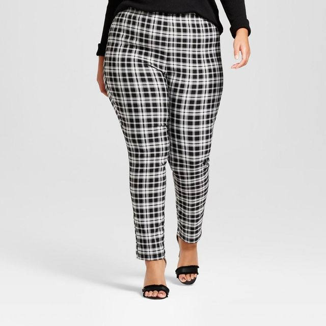 Plus Size Skinny Crop Pants