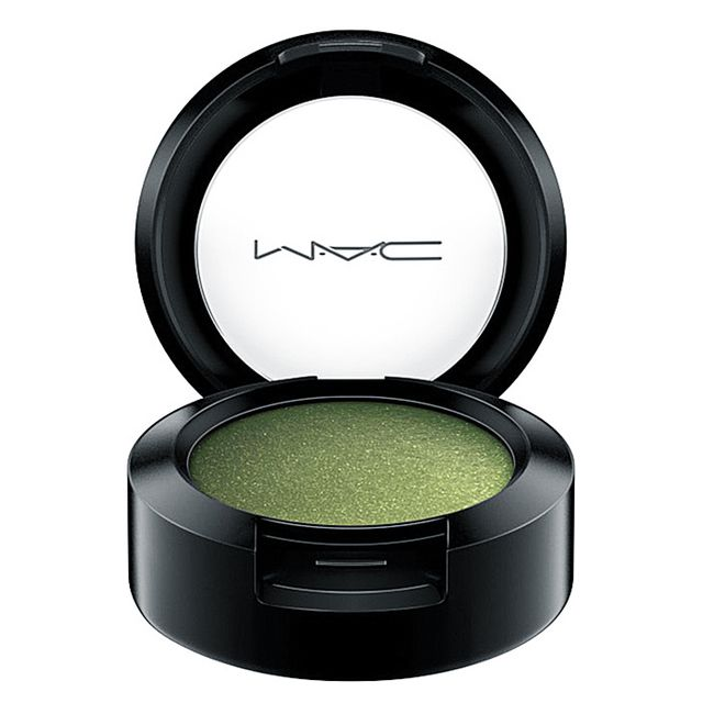 Best glitter makeup: MAC Eyeshadow in Humid
